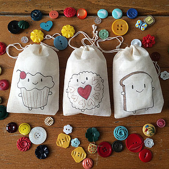 normal_cupcake-and-friends-mini-muslin-bags